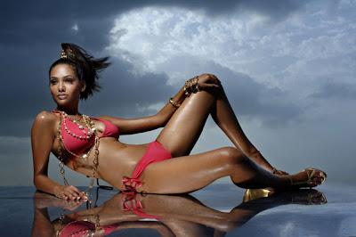 esha-gupta-03 Vogue India | The Dawn of Dusk
