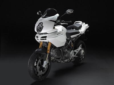 2009 Ducati Multistrada 1100S white