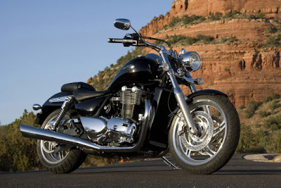 2010-Triumph Thunderbird