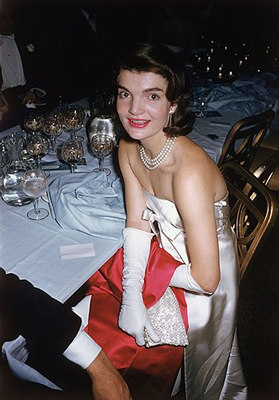 Restless Summers: Jacqueline Kennedy Onassis Style Queen...