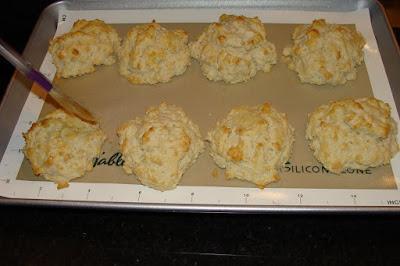 Malisa's Food Blog: Cream Drop Biscuits