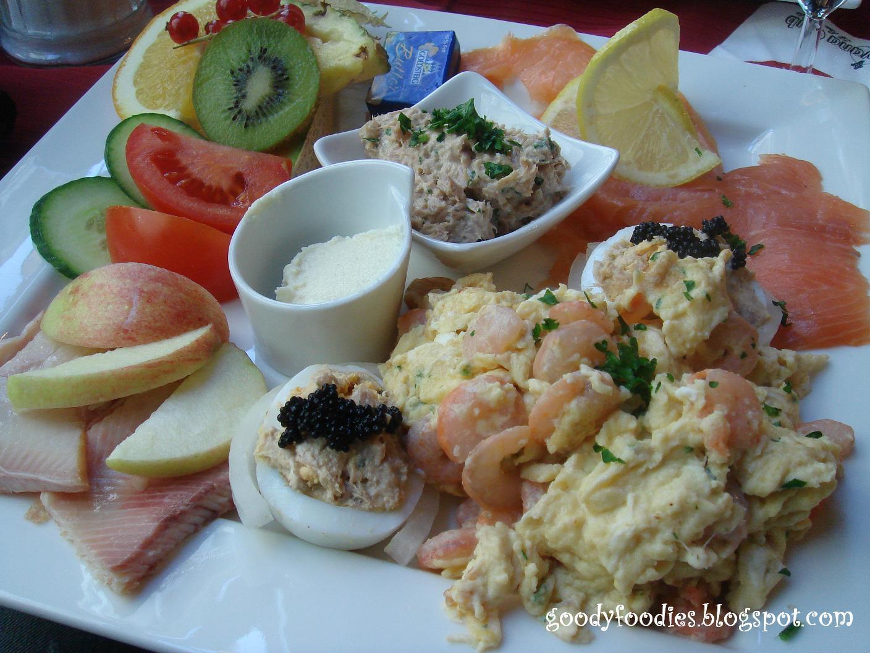 Cafe Hemingway Regensburg  Ef Bf Bdffnungszeiten