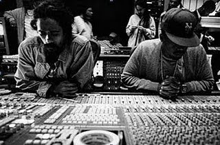 Nas & Damian Marley Ft. Stephen Marley - Leaders