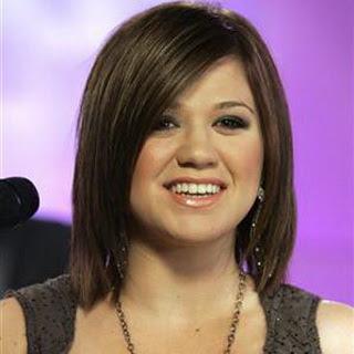 Kelly Clarkson - Call Me
