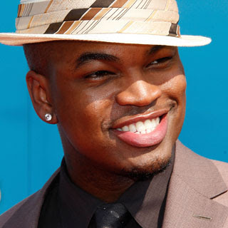 Ne-Yo - Feel You All Over