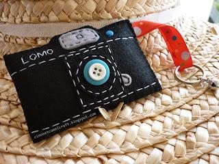 http://2.bp.blogspot.com/_YTGA2Abt6Kc/S-v7fO9sgaI/AAAAAAAAA-s/nOklf0eRvGU/s1600/felt+camera+lomo+1.JPG