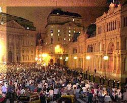 Cacerolazo frente a la Casa Rosada