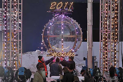 ... Facts: Snooki Polizzis NEW YEARS EVE BALL DROP booted to Jersey