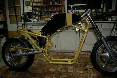 Suzuki VX800 Restoration Project: VX paint check