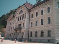 Hükümet binası - foto: Aynur D.