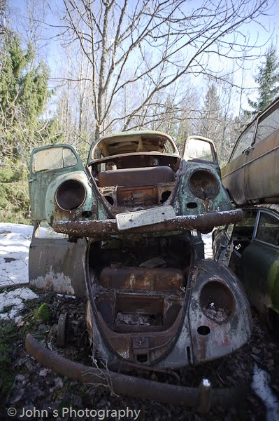 Old rusty cars | Car cemetery
