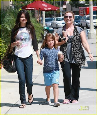 Selena Gomez. 2010 Fotos de Selena Gomez y
