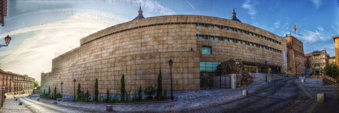 FACHADA DEL MUSEO DEL EJERCITO EN LA CALLE ALFERECES PROVISIONALES