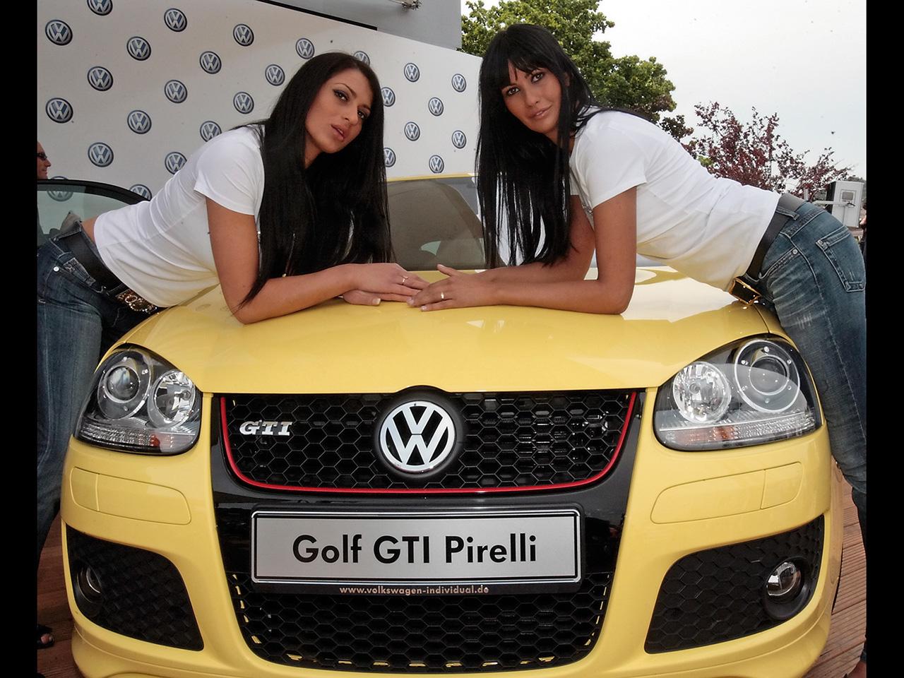 http://2.bp.blogspot.com/_YaQXL3FaULE/TM3uI590pcI/AAAAAAAAAHo/TIkzjxJc0ow/s1600/2008-Volkswagen-Golf-GTI-Pirelli-Girls-1280x960.jpg