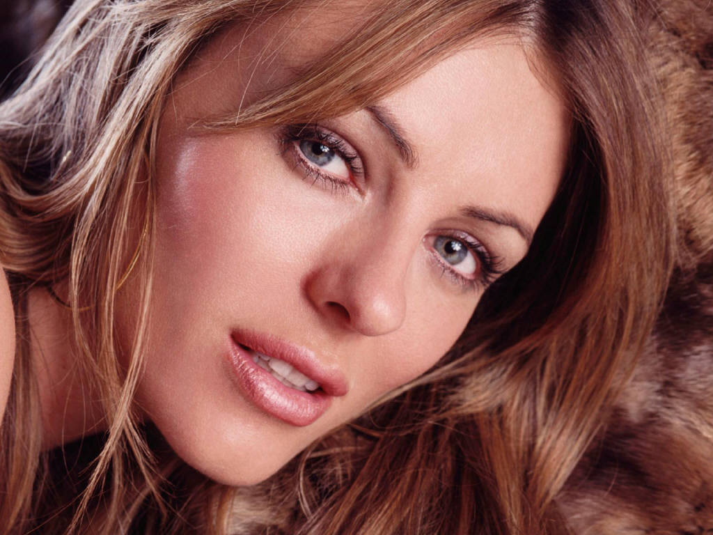 http://2.bp.blogspot.com/_Yb2HItOvjfc/TRu0C6lAQlI/AAAAAAAAAOI/XBeDzKLpAw8/s1600/Elizabeth_Hurley%252C_Actress.jpg