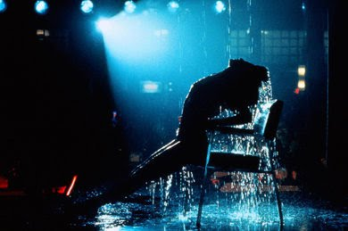 jake+flashdance+water.jpg
