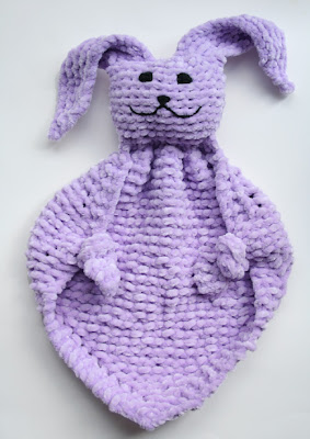 Bunny Blanket Knitting Pattern : Oiyis Crafts: Bunny Blanket Buddies