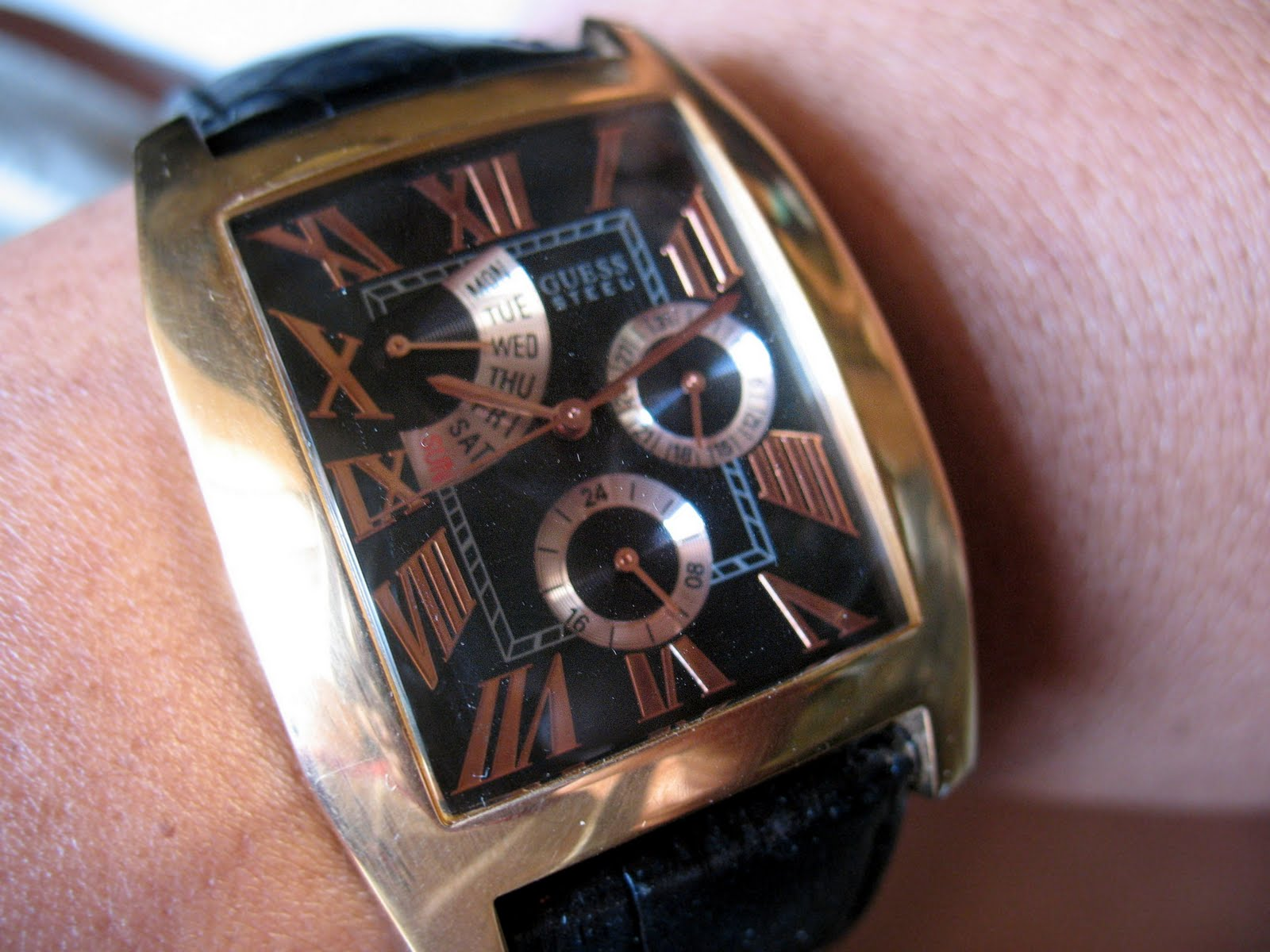 toko-jam.com on toko jam tangan antik: guess steel by marciano ( a for sale)