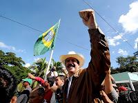 Zelaya na representação brasileira em Honduras