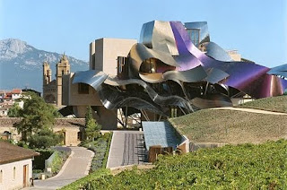Hidup ala ahli minuman anggur di Hotel Marques de Riscal, La Rioja, Spanyol - www.jurukunci.net