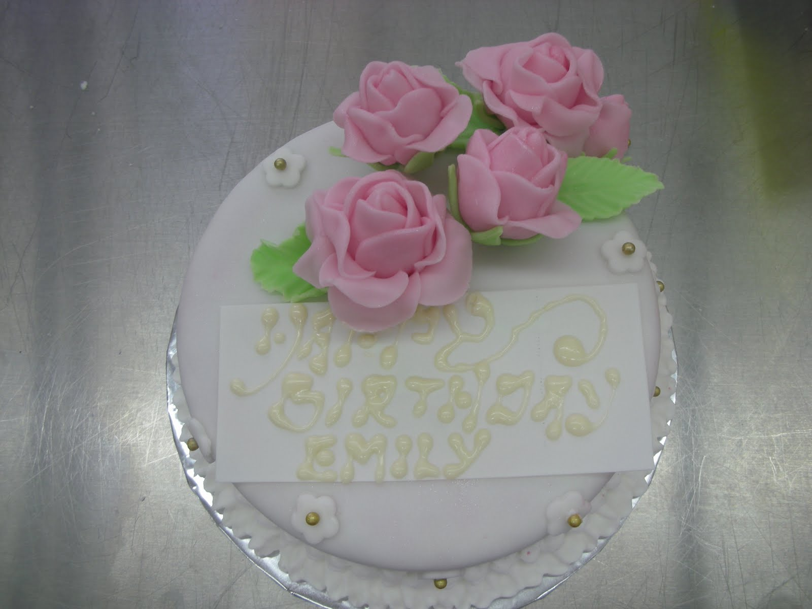 Cake Decorating Course Albury Wodonga : NXXT Creations: Wilton Cake Decorating Course 3