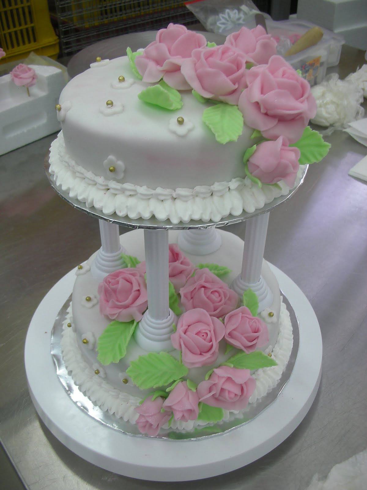Cake Decorating Wilton : NXXT Creations: Wilton Cake Decorating Course 3