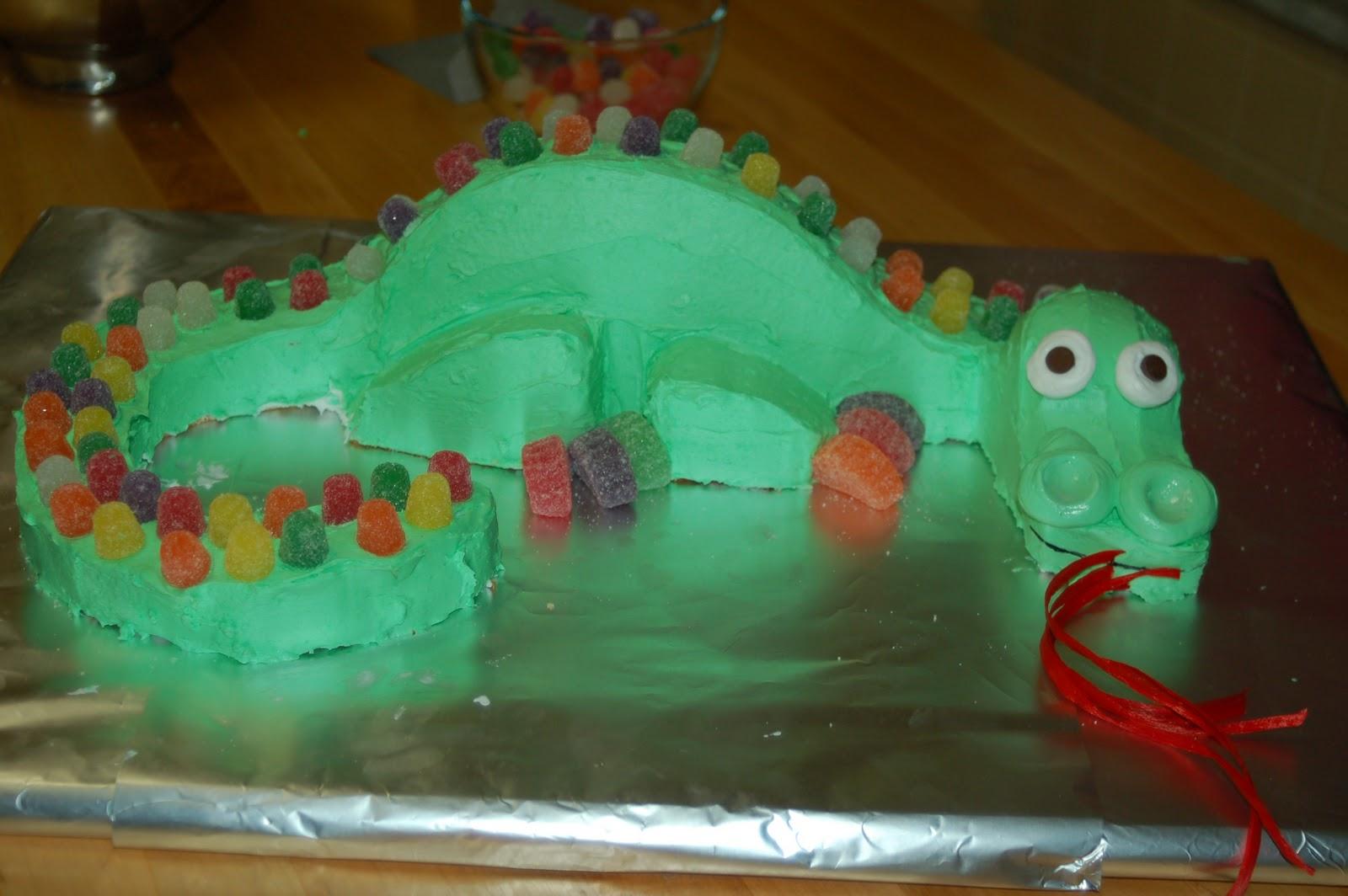 shorties funny farm 3D dragon cake