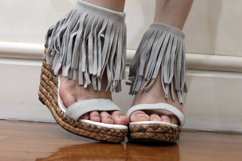[SOLD] fringe wedges - SHOP Glisters & Blisters .: [SOLD] Fringe Wedges