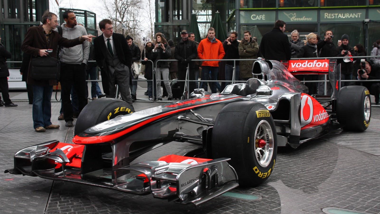 Formula 1 Mcl26_7