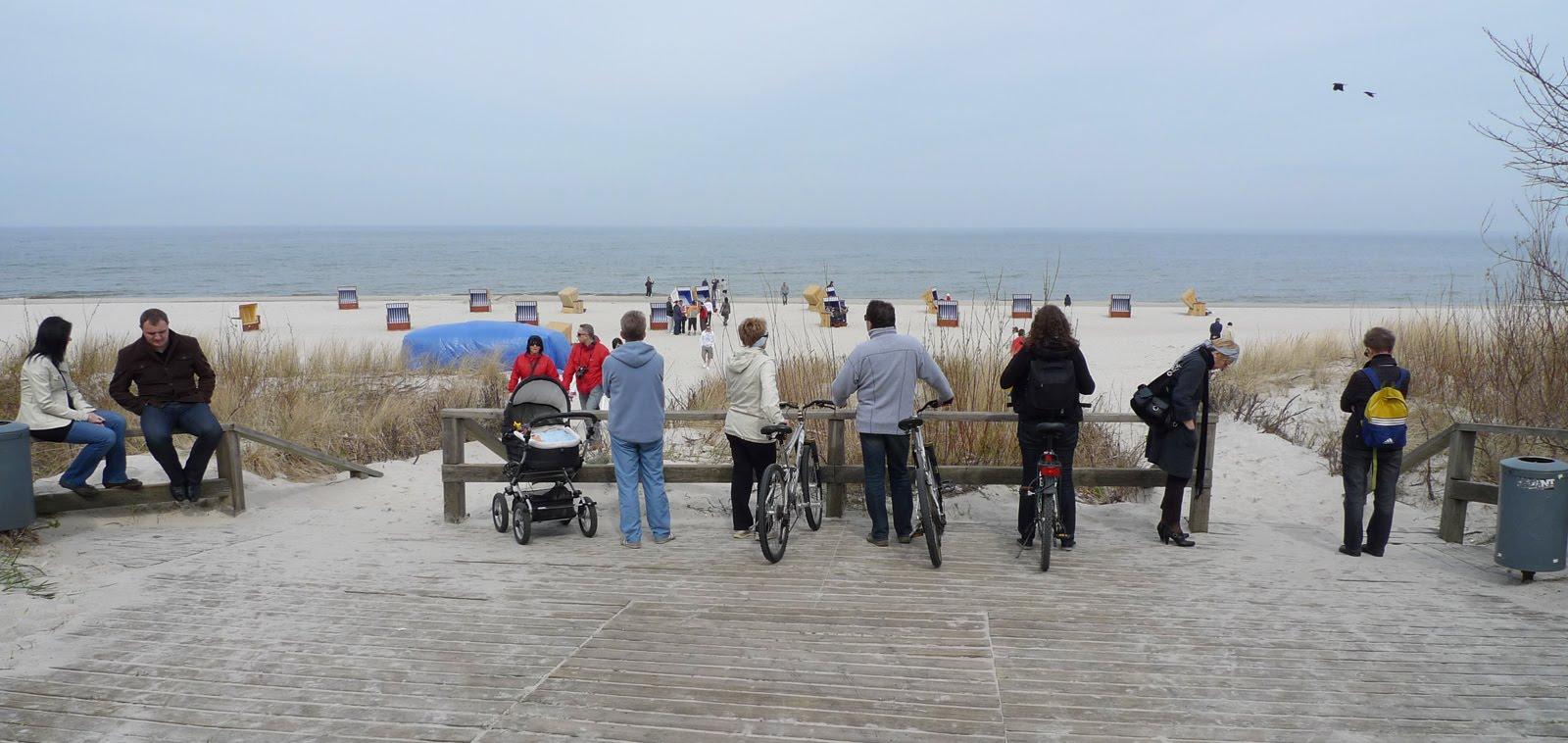 wejście na plażę Jurata rowery
