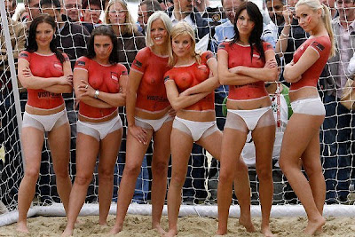 hot girl soccer group pics