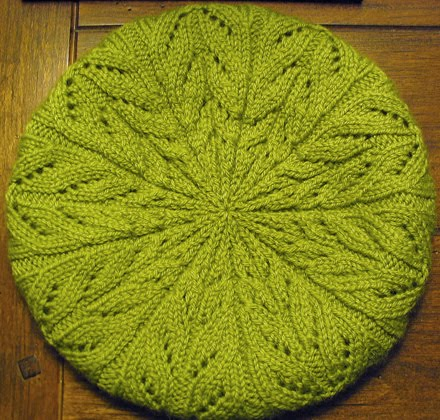 Leaf Beret Knitting Pattern : YARNGEAR: Knitting, Crochet, Spinning, Sewing, Weaving, and Dyeing: April 2010