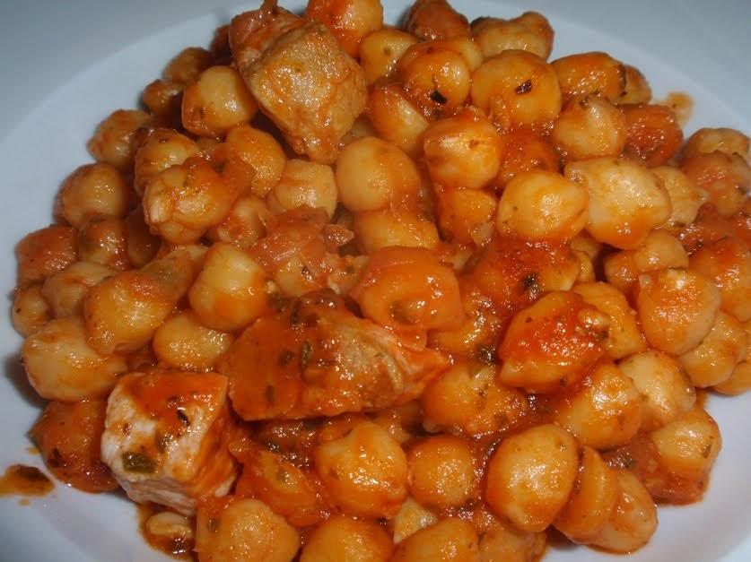 Isabelma cocinilla garbanzos con tomate lomo y or gano Cocinilla a gas 1 plato