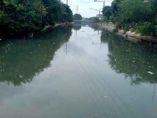 Tugas kita semua untuk menjadikan sungai-sungai di jakarta bersih