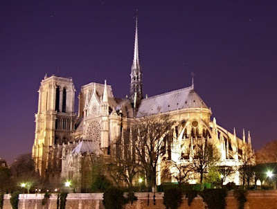 paris at night poem. images Notre Dame de Paris at night paris at night wallpaper.