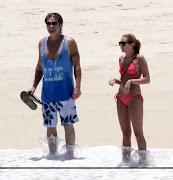 Nuevas fotos de Miley en la playa (Mexico). Publicado por Lucas Leo en 10:24