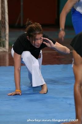 Gaby Dela Merced capoeira