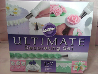 Wilton Ultimate Cake Decorating Set Review Three Little Ramekins.....