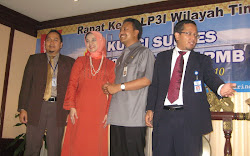 Wagub Jawa Timur Gus Ipul. LP3I Surabaya, Pak Kunto, Pak Verus, Marissa Haque (Duta LP3I)