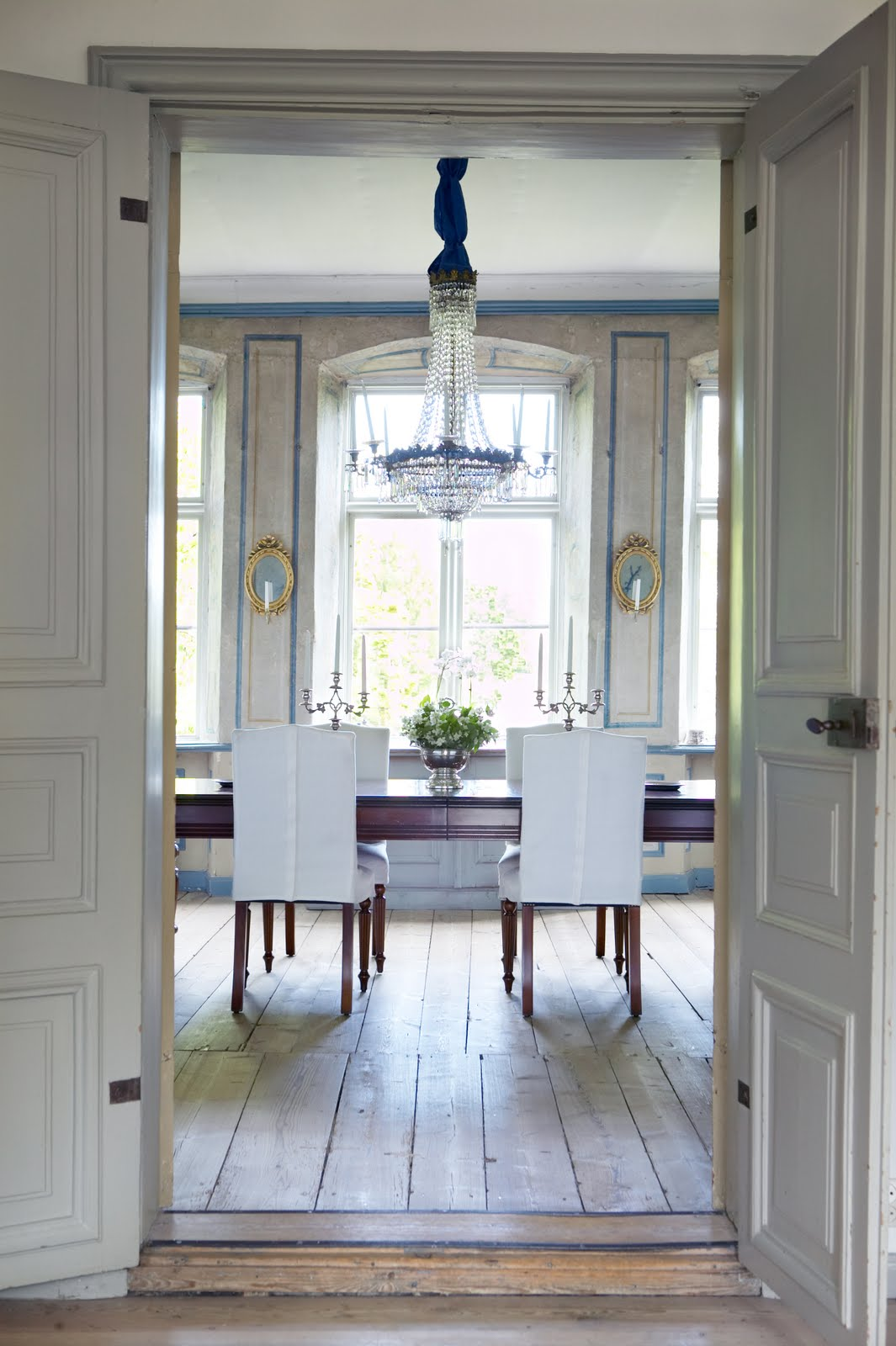 Swedish Interiors by Eleish van Breems: Lars Bolander's ...