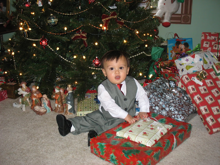 Connor First Home Christmas!