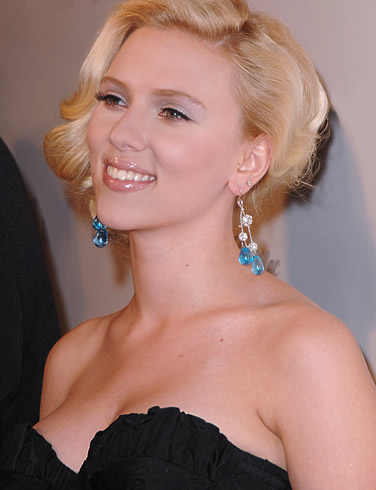 Scarlett Johansson Hairstyles Gallery, Long Hairstyle 2011, Hairstyle 2011, New Long Hairstyle 2011, Celebrity Long Hairstyles 2019