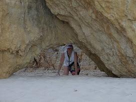 Cache cache dans les grottes