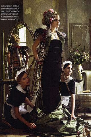 emma watson vogue july 2011 cover. wallpaper 2011 Emma Watson