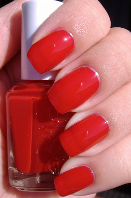 essie retro red