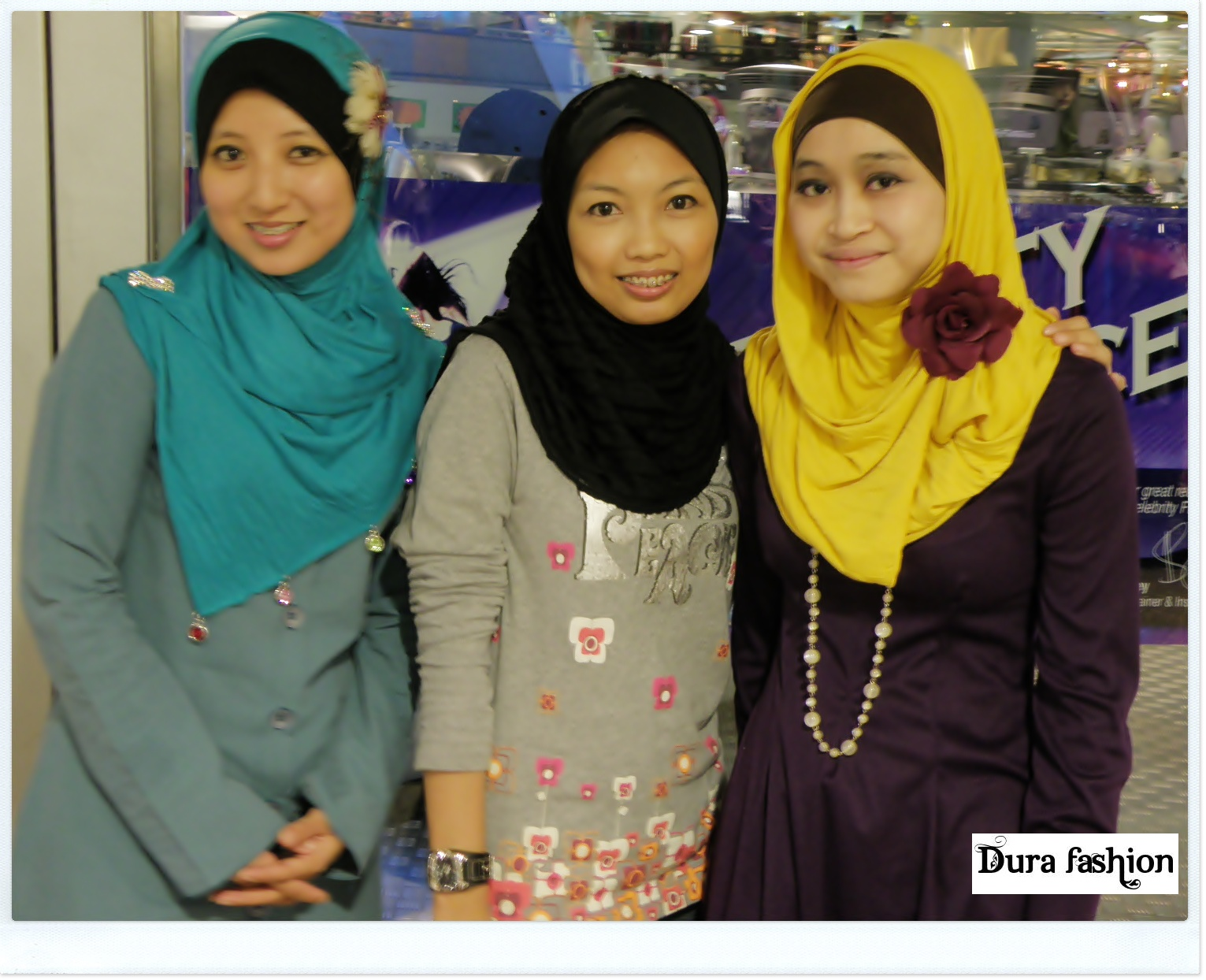 Dura Fashion Booth Moments Fashion Style Muslim