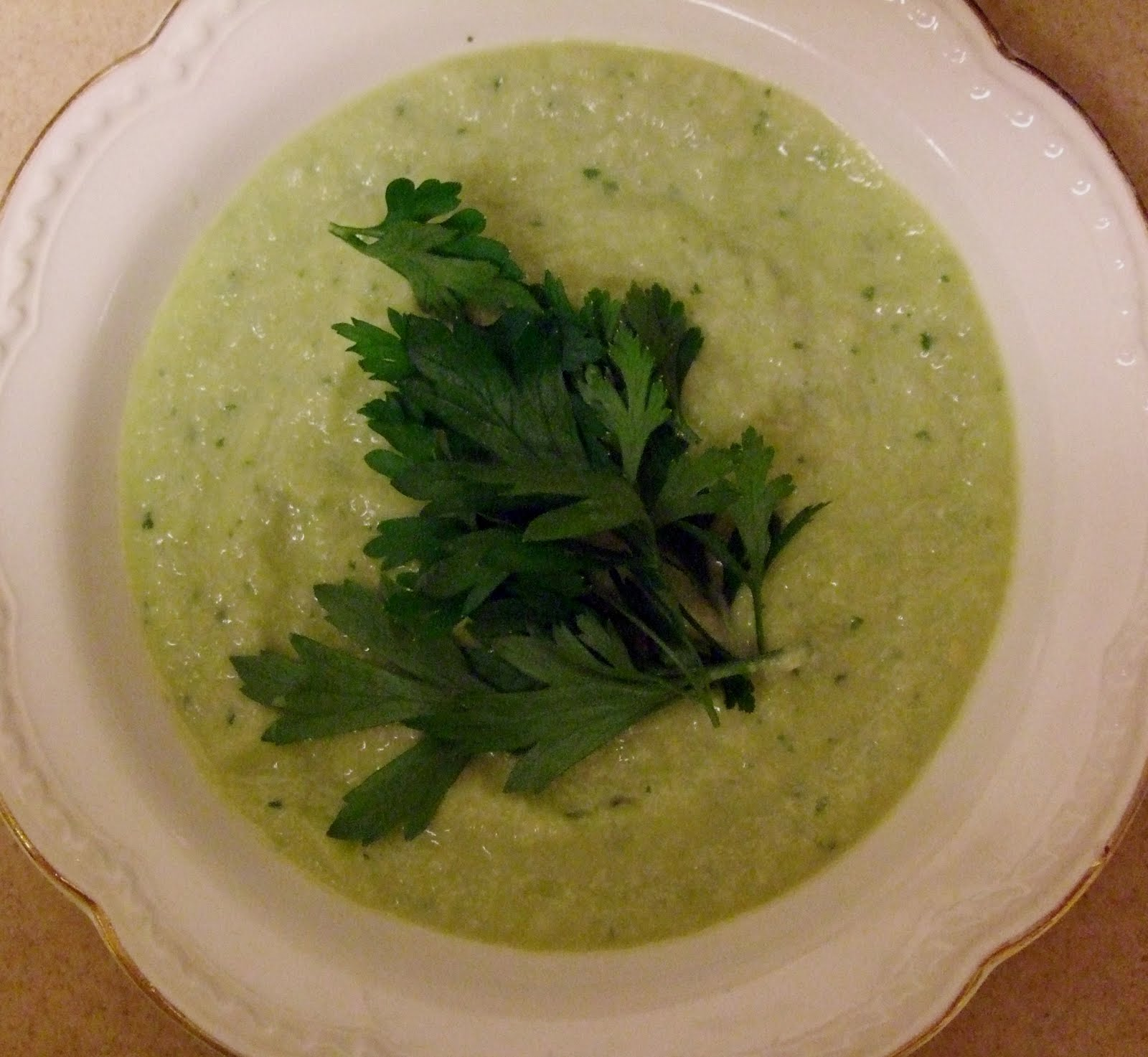 Cucumber-Avocado Soup | The Newlyfeds