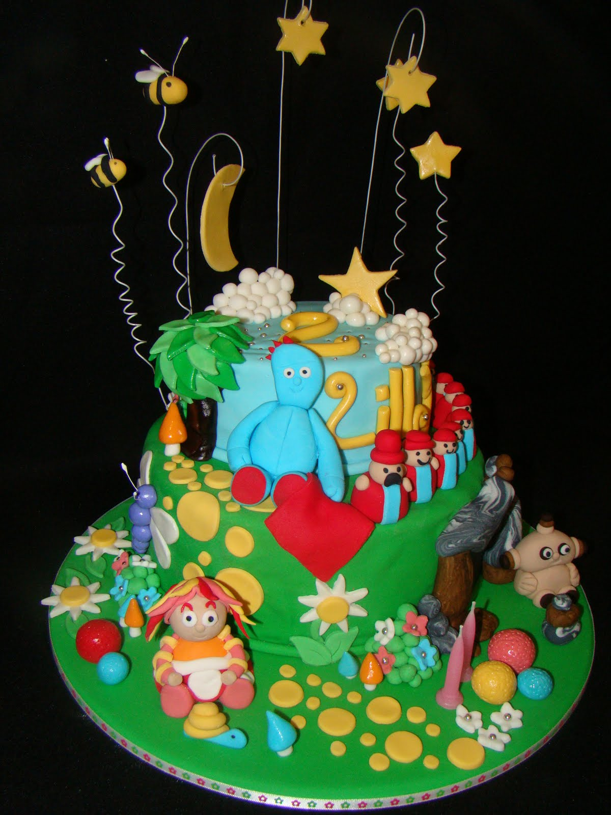 The Cupcake Stand: In The Night Garden Cake
