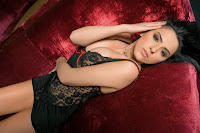 Lavinia - Maxim de sexy