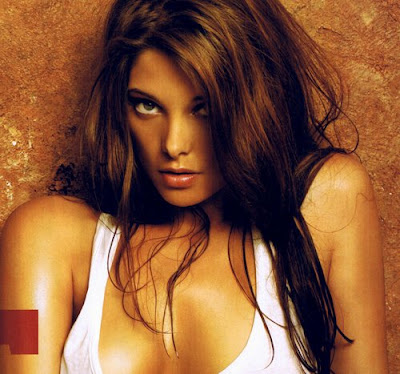 Ashley Greene - poze hot in Maxim